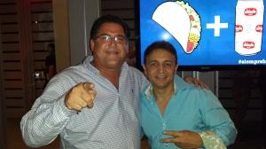 Antonio Hoy y el actor, comediante y animador, Melwin Cedeño, quien en su momento participó en uno de los comerciales de Schaefer.